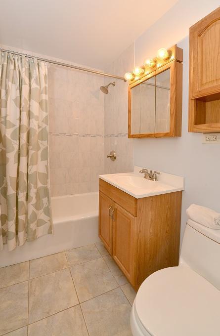 bathroom old